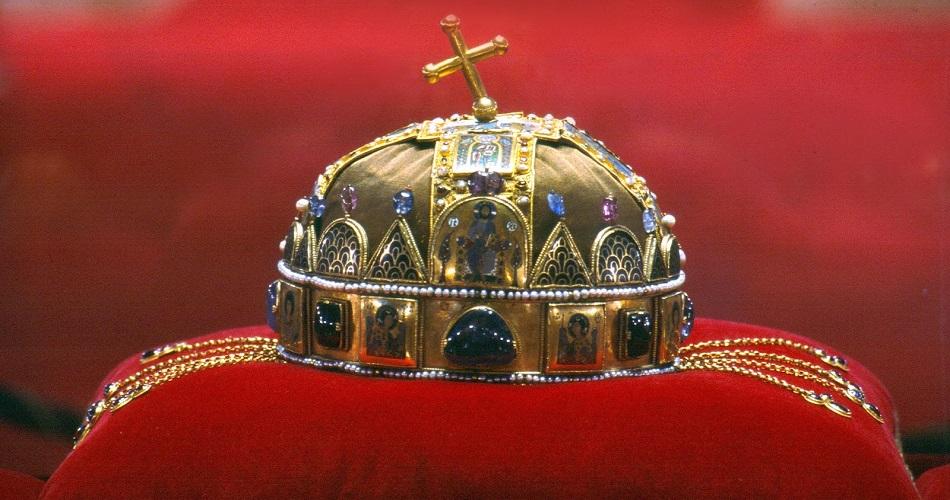 coroa-primeiro-rei-hungaro
